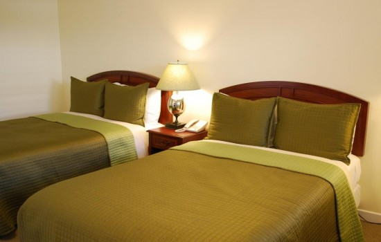 Bella Capri Inn & Suites: Double Beds